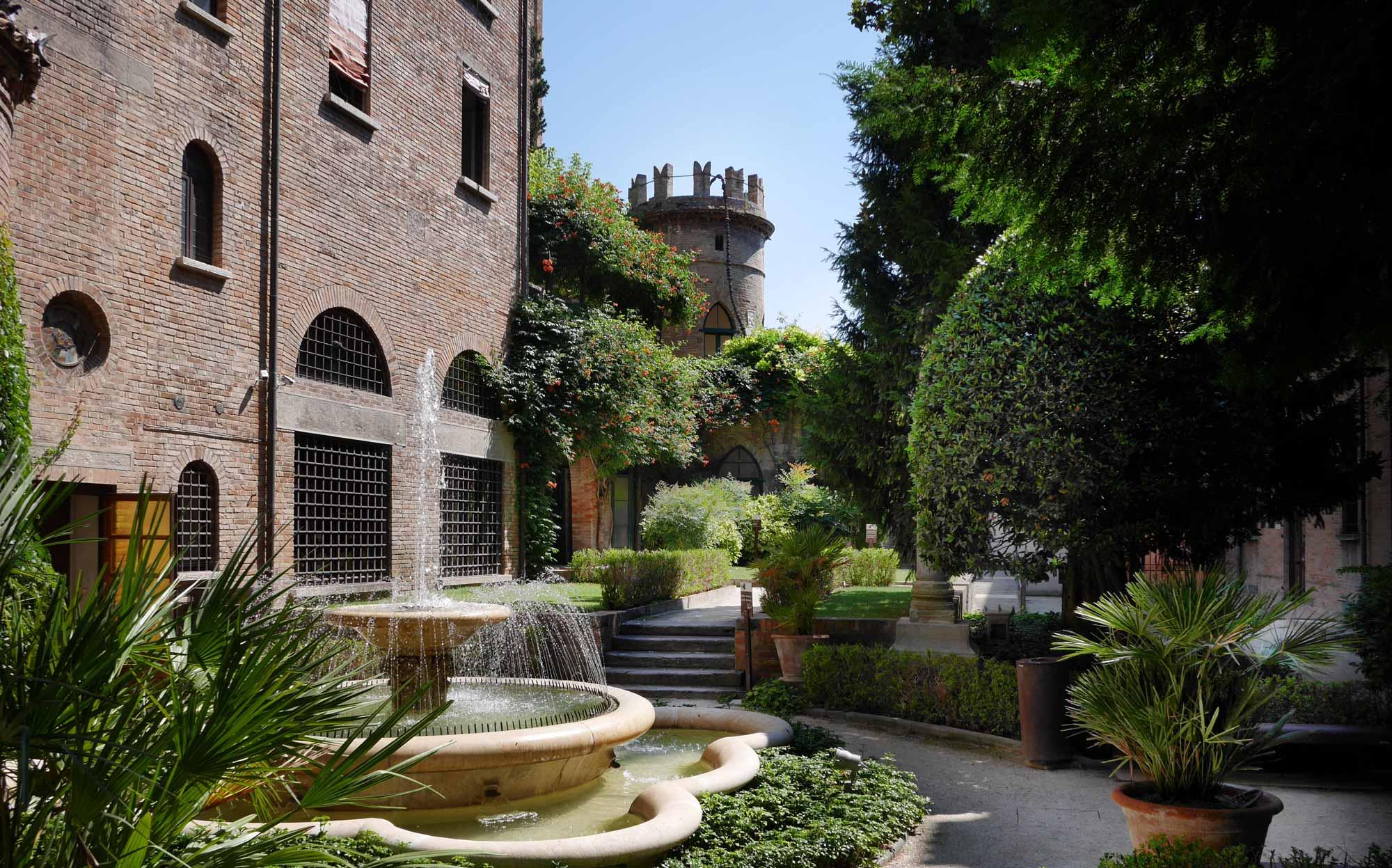Cripta rasponi giardini pensili del palazzo della provincia fondazione parco archeologico di - I giardini di palazzo rucellai ...