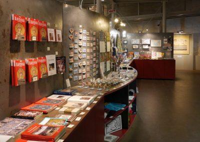 bookshop-tamo-lato-destra